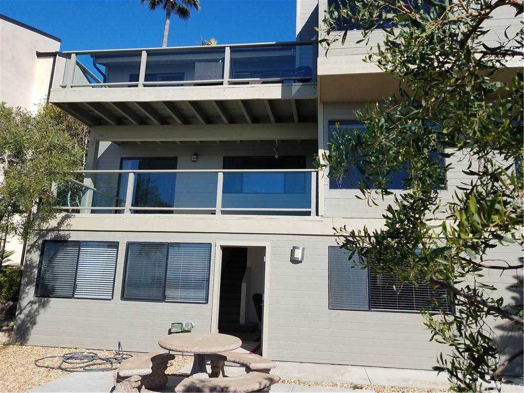 16. Residential Lease at 1135 Katella Street Laguna Beach, California 92651 United States