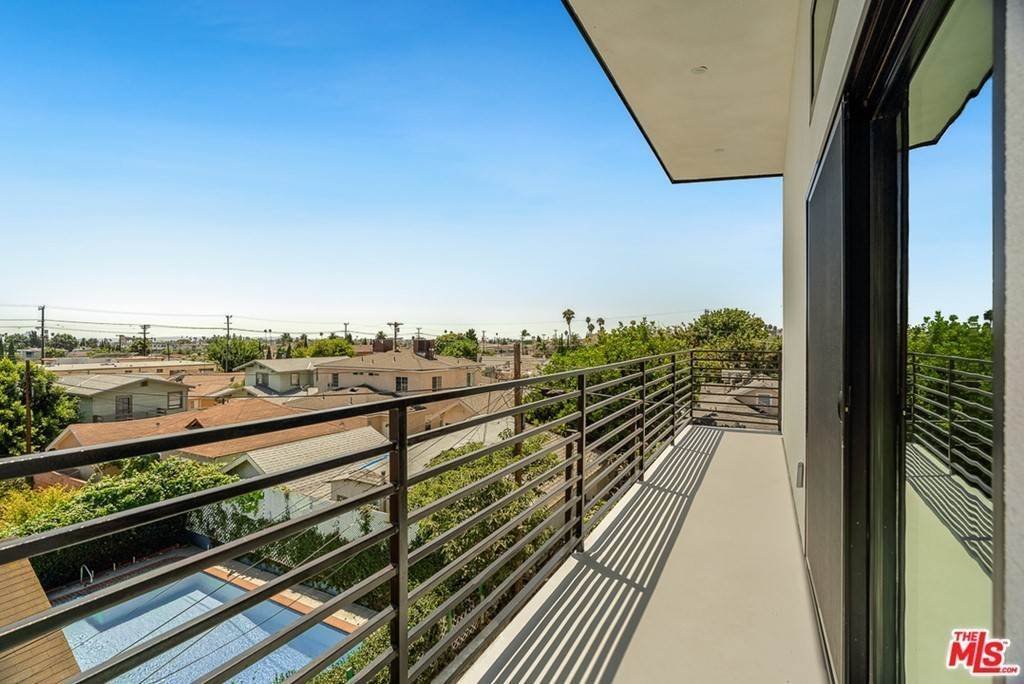 16. Residential Lease at 1339 N Kenmore Avenue Los Angeles, California 90027 United States