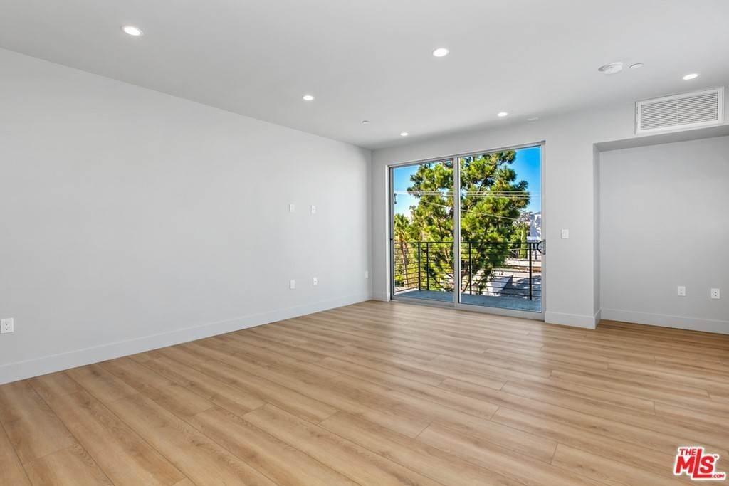 3. Residential Lease at 12431 Rochester Avenue 407 Los Angeles, California 90025 United States