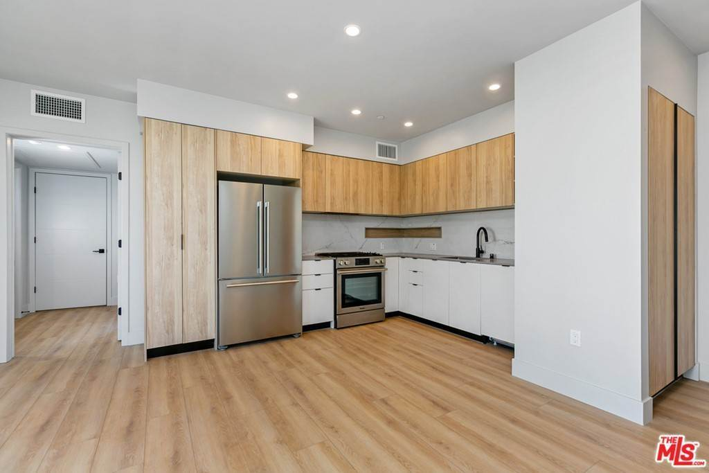 4. Residential Lease at 12431 Rochester Avenue 407 Los Angeles, California 90025 United States