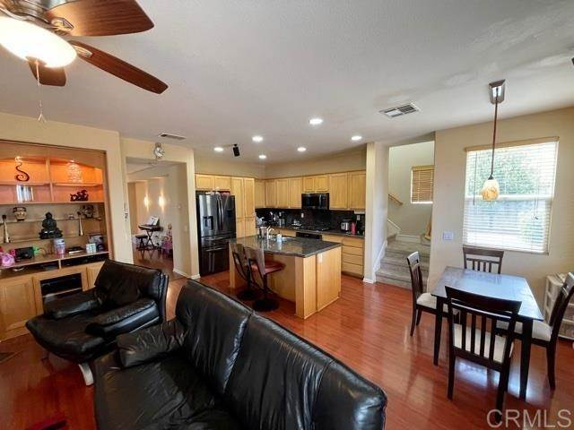 6. Residential Lease at 13984 Bryn Glen Court San Diego, California 92129 United States