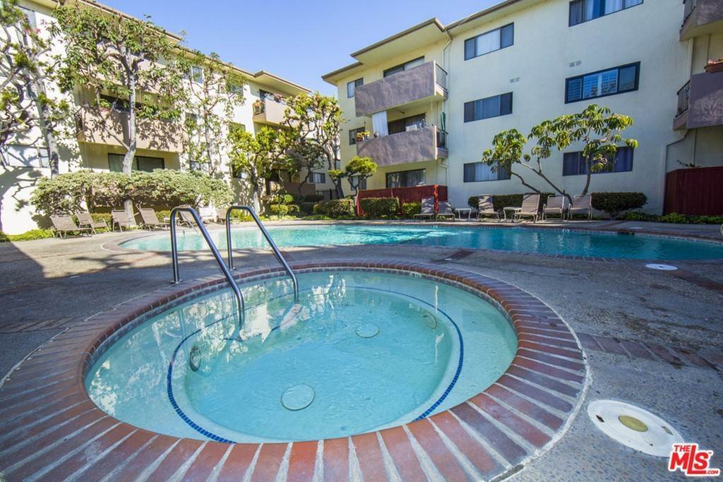 Residential Lease at 5000 S CENTINELA Avenue 129 Los Angeles, California 90066 United States