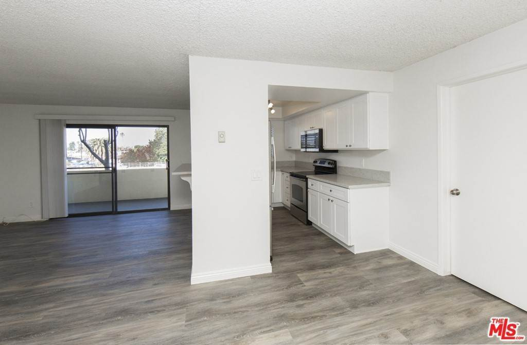 3. Residential Lease at 5000 S CENTINELA Avenue 129 Los Angeles, California 90066 United States