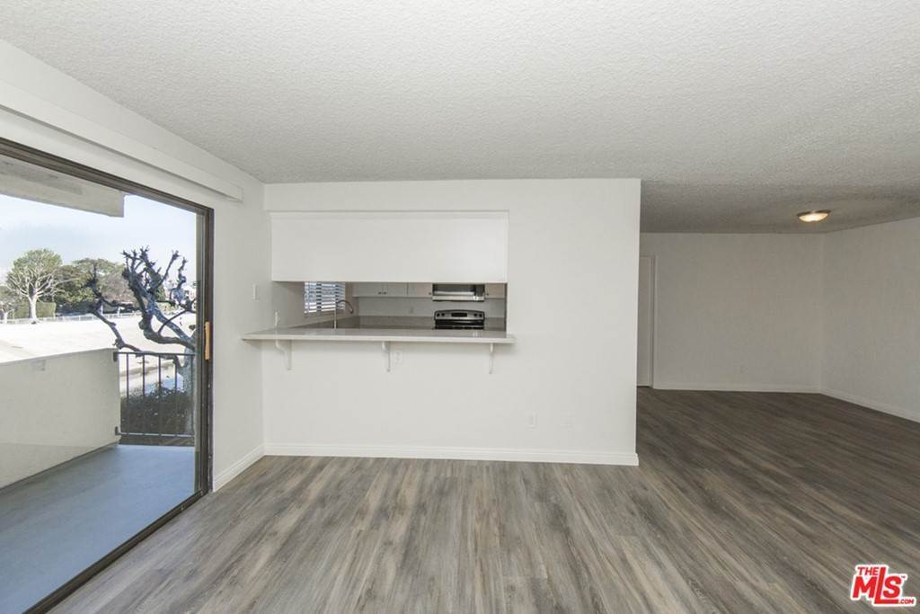 9. Residential Lease at 5000 S CENTINELA Avenue 129 Los Angeles, California 90066 United States