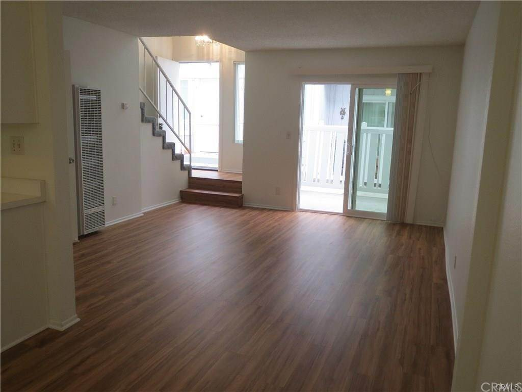 2. Apartments at 216 6th Street 4 Huntington Beach, California 92648 United States