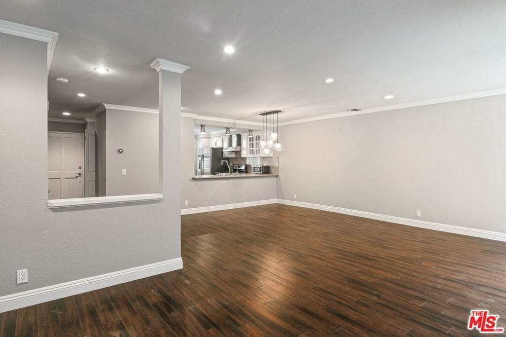 18. Residential Lease at 2022 Delaware Avenue 4 Santa Monica, California 90404 United States