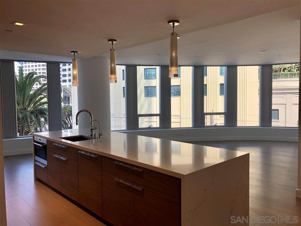 15. Residential Lease at 888 W E St. 403 San Diego, California 92101 United States