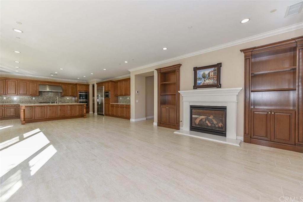 Residential Lease at 55 Hazelton Irvine, California 92620 United States