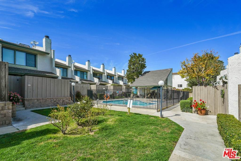 Residential Lease at 5263 Colodny Drive 7 Agoura Hills, California 91301 United States