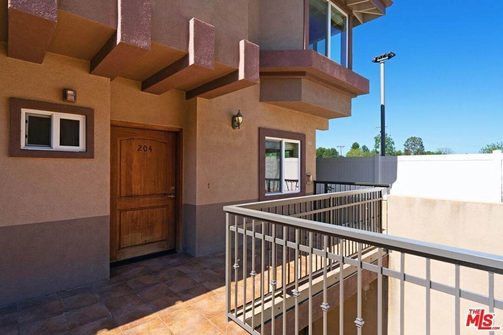 Residential Lease at 5241 Colodny Drive 204 Agoura Hills, California 91301 United States