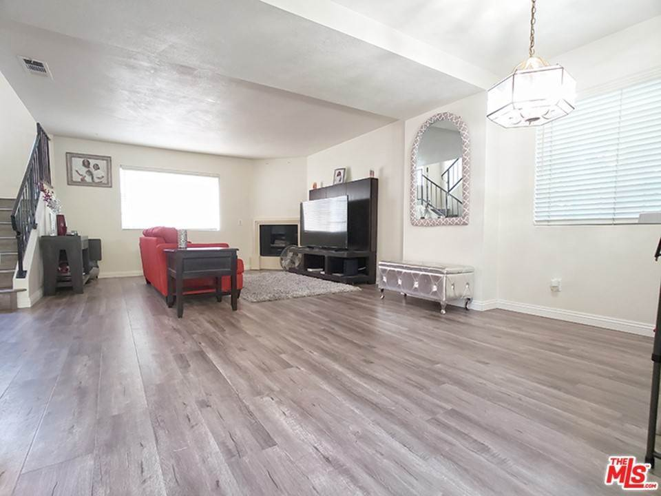 Residential Lease at 14711 South Berendo Avenue 8 Gardena, California 90247 United States
