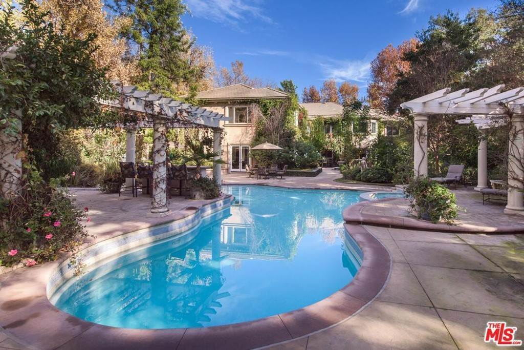 Residential Lease at 4261 TEMMA Court Calabasas, California 91302 United States