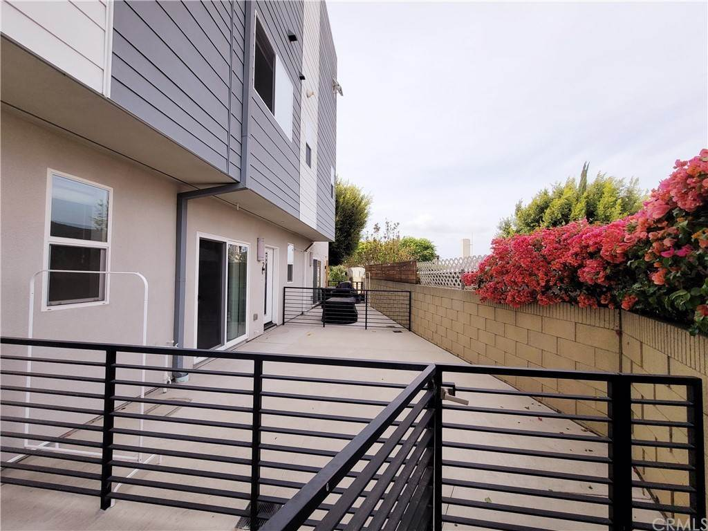 townhouses 在 1620 237th Street 2 Harbor City, 加利福尼亚州 90710 美国