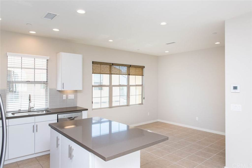 Residential Lease at 89 Evening Sun 89 Evening Sun Irvine, California 92620 United States