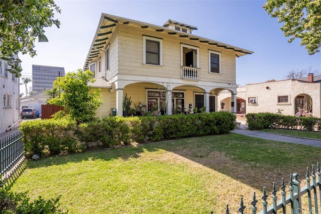 Residential Income for Sale at 1102 North French Street Santa Ana, California 92701 United States