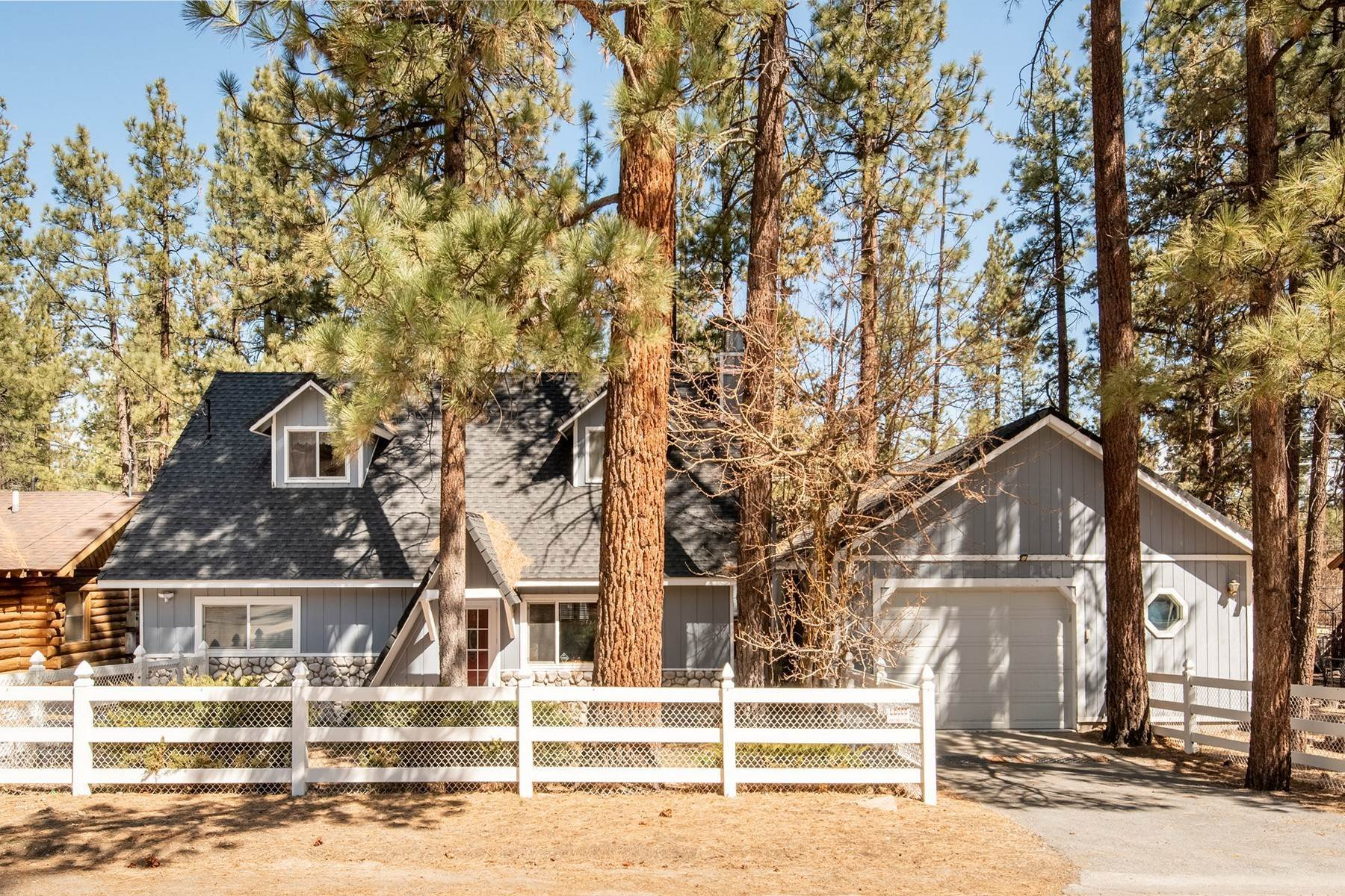Single Family Homes for Sale at 653 Barrett Way, Big Bear City, California 92314 653 Barrett Way Big Bear City, California 92314 United States