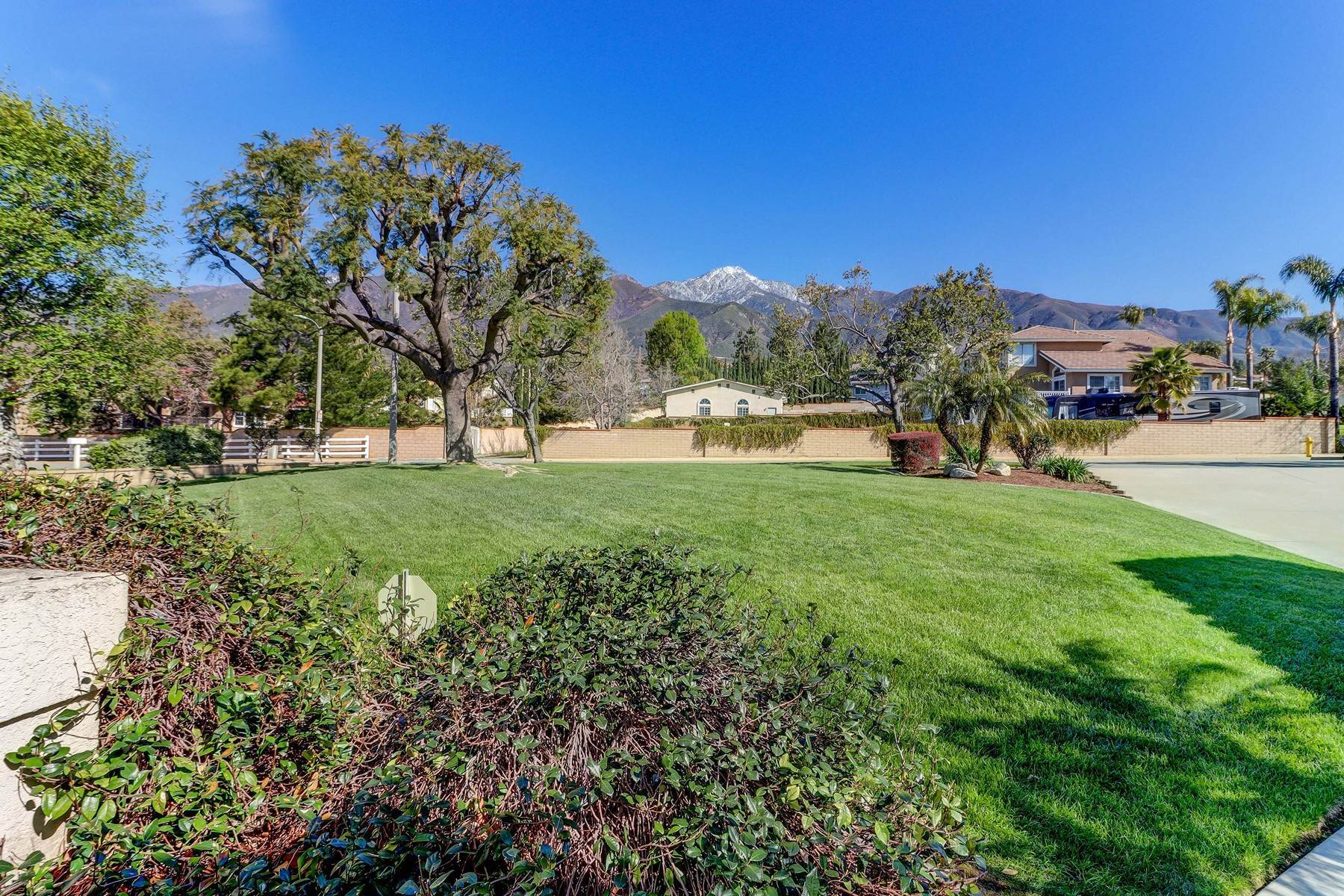 3. Single Family Homes for Sale at 10329 Vista Grove Street, Rancho Cucamonga, CA 91737 10329 Vista Grove Street Rancho Cucamonga, California 91737 United States