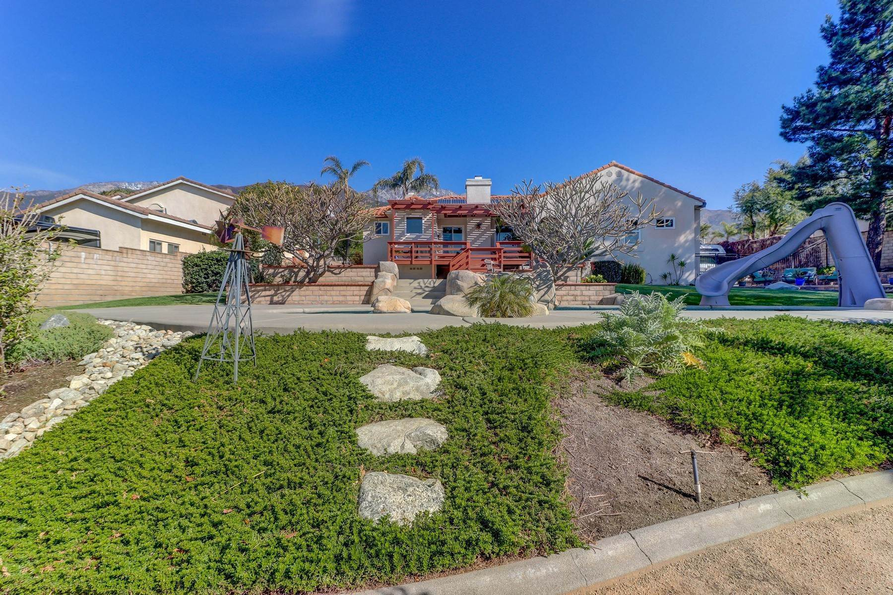 35. Single Family Homes for Sale at 10329 Vista Grove Street, Rancho Cucamonga, CA 91737 10329 Vista Grove Street Rancho Cucamonga, California 91737 United States