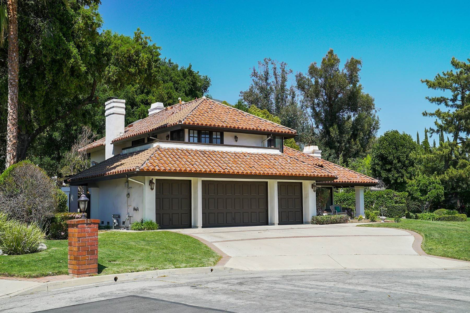 2. Single Family Homes for Sale at 6019 Zircon Avenue, Alta Loma, CA 91701 6019 Zircon Avenue Rancho Cucamonga, California 91701 United States