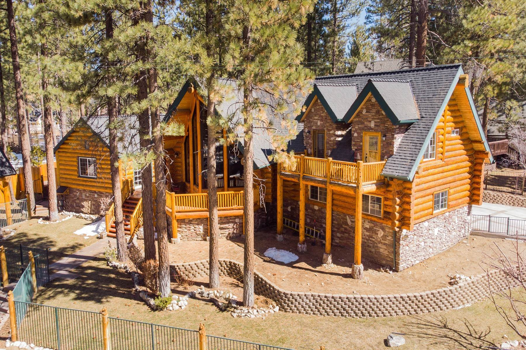 Single Family Homes for Sale at 39900 Forest Road, Big Bear Lake, California 92315 39900 Forest Road Big Bear Lake, California 92315 United States