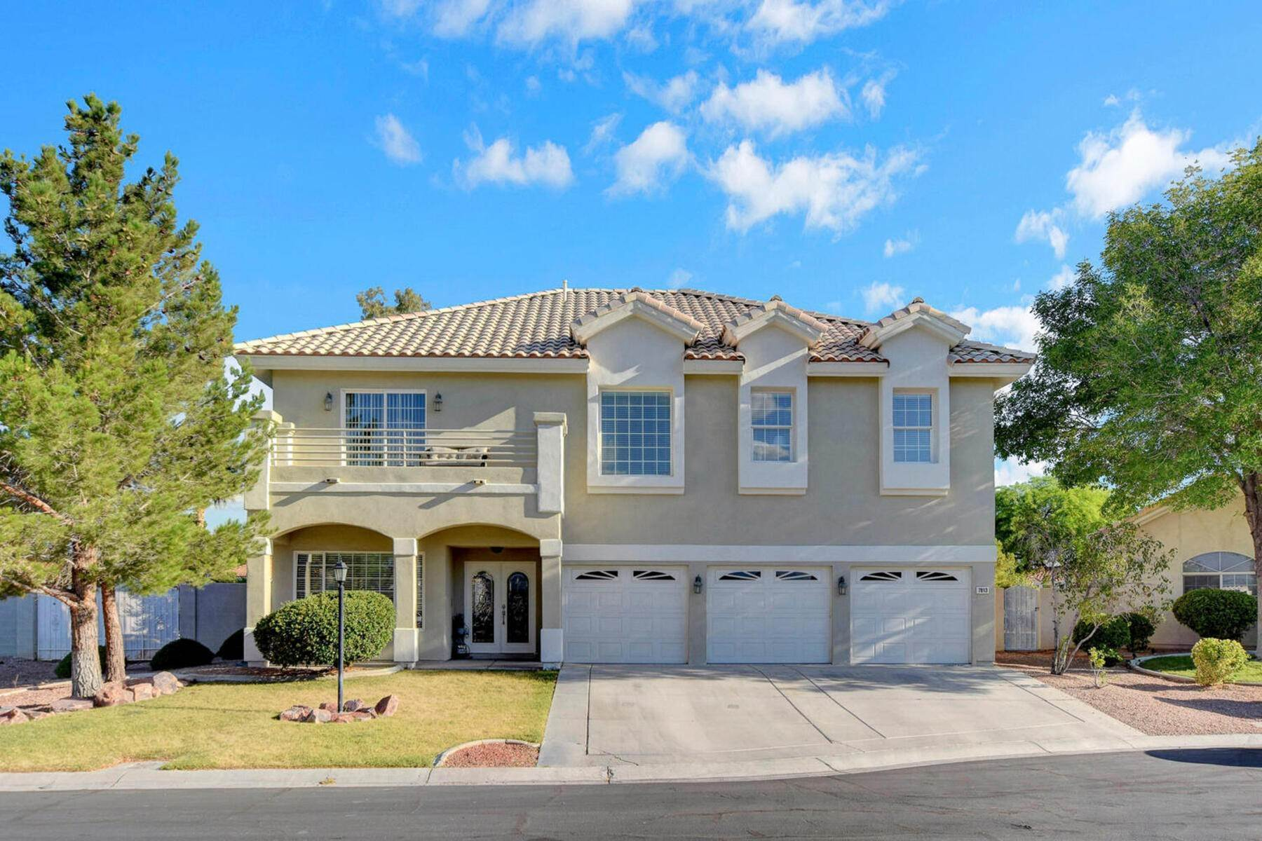 Single Family Homes en 7613 Mooring Avenue Las Vegas, Nevada 89129 Estados Unidos