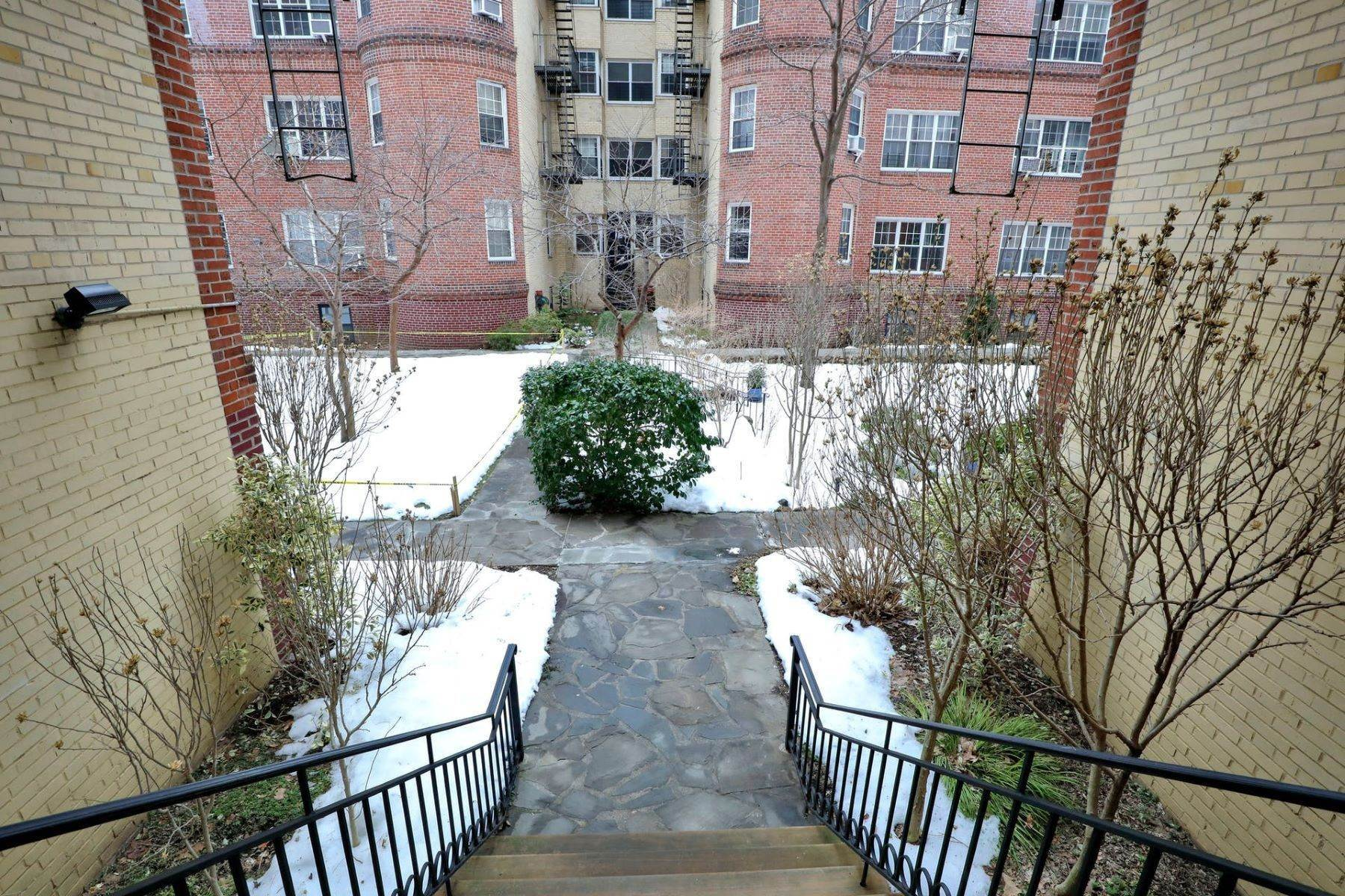 21. Co-op Properties for Sale at 35-24 78th Street, Jackson Heights, Ny, 11372 35-24 78th Street, Unit# A11 Jackson Heights, New York 11372 United States