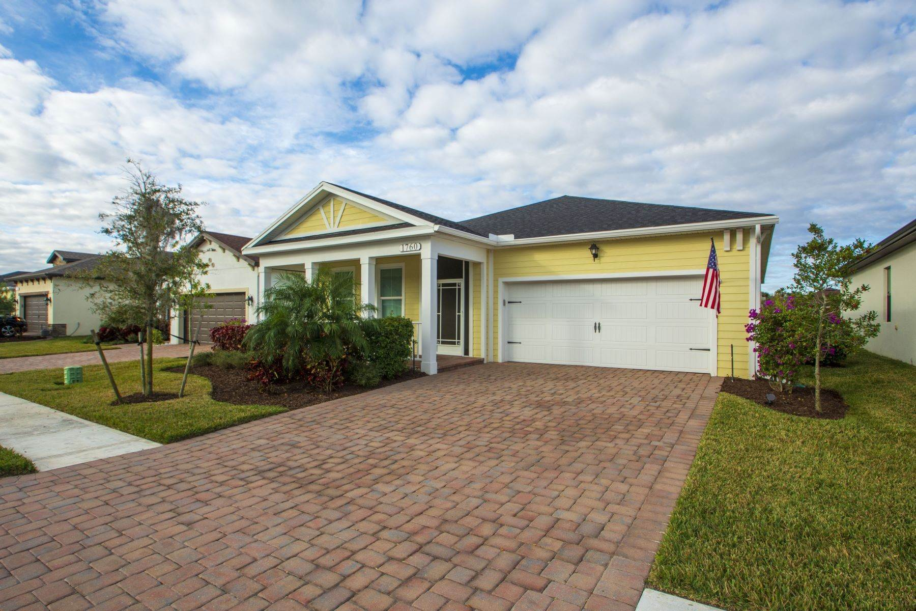3. Single Family Homes for Sale at 1760 Willows Square, Vero Beach, FL 1760 Willows Square Vero Beach, Florida 32966 United States