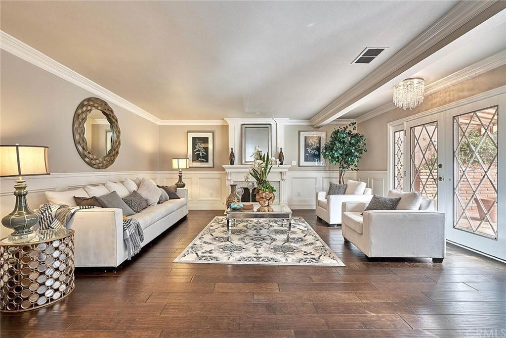 2. Residential for Sale at 1730 Via Del Rey South Pasadena, California 91030 United States