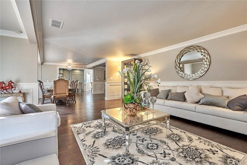 4. Residential for Sale at 1730 Via Del Rey South Pasadena, California 91030 United States