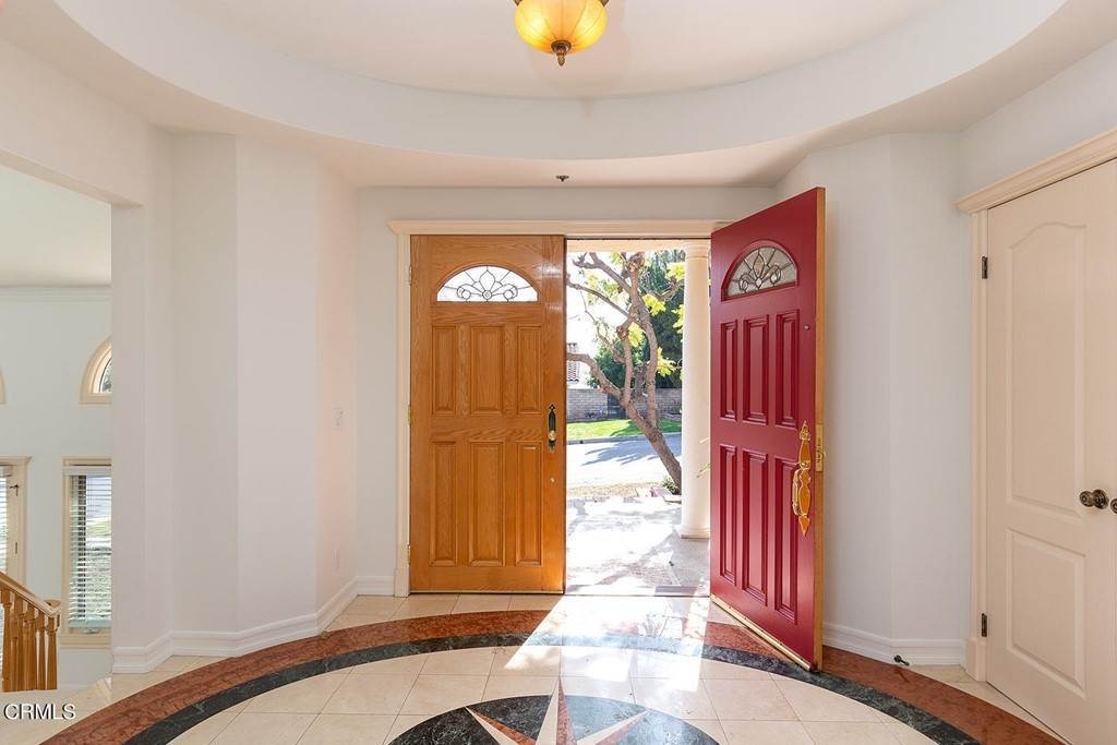 3. Residential for Sale at 866 Flores De Oro South Pasadena, California 91030 United States